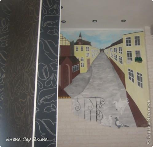 Использовано при рисовании - карандаш, акриловые краски, кирпичики сделаны из шпаклевки в ручную фото 1