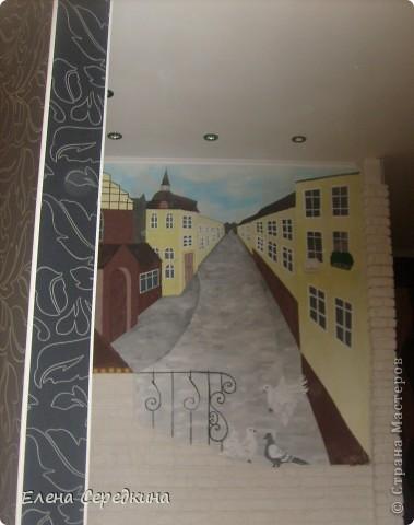 Использовано при рисовании - карандаш, акриловые краски, кирпичики сделаны из шпаклевки в ручную фото 2