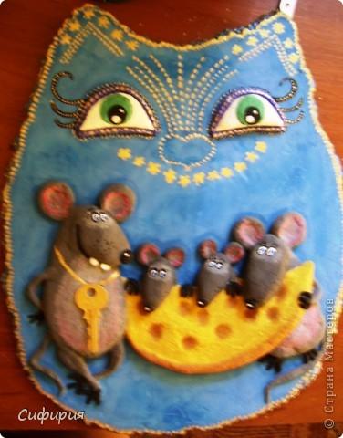 День добрый!!!Хочу вам показать котейку с мышатами, на эту работу вдохновили замечательные рисунки художника Льва Бартенева. Сегодня я дорвалась до фоток и загрузила целую кучу одним махом! Ура...ура..ура! Так что тапками чур не бросаться...оцените мои труды загрузки фоток и досмотрите до конца! ))))) фото 2