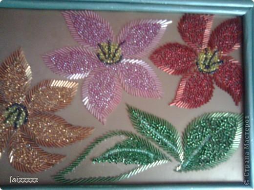Аппликация цветы из бисера