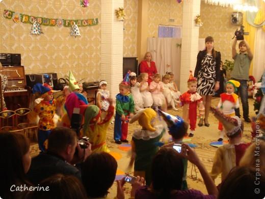 Петрушка, во всей красе и с новогодним подарком фото 4