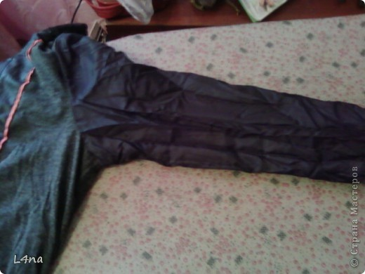 Я даже не знаю будет ли нужен этот мой МК, но скоро осень, а значит нам потребуется куртка... И не всегда она нам походит по размеру, а бывает что просто порвалась по боковому шву или рукаву. Ну чего проще зашить или ушить? фото 3