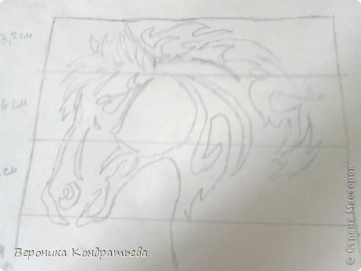 Я очень люблю волков и лошадей, а такие рисунки просто обажаю, вот решила нарисовать такую татуировку поэтапно. Приступим? Берем листок бумаги и рисуем на нем прямоугольник размером 24,5х15,5 см. Делим этот прямоугольник на горизонтальные полоски. расстояние между каждой полоской разное. 1 полоска- 3,2 см. 2 полоска- 3,6 см. 3 полоска- 3,6 см. 4 полоска- 3,3 см. 5 полоска.- 3,3 см. 6 плооска-2,7 см. 7 полоска- 4, 5 см. Нарисовали? Давайте двигаться дальше. фото 6