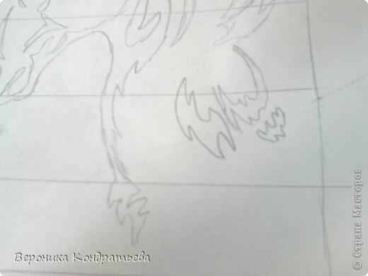 Я очень люблю волков и лошадей, а такие рисунки просто обажаю, вот решила нарисовать такую татуировку поэтапно. Приступим? Берем листок бумаги и рисуем на нем прямоугольник размером 24,5х15,5 см. Делим этот прямоугольник на горизонтальные полоски. расстояние между каждой полоской разное. 1 полоска- 3,2 см. 2 полоска- 3,6 см. 3 полоска- 3,6 см. 4 полоска- 3,3 см. 5 полоска.- 3,3 см. 6 плооска-2,7 см. 7 полоска- 4, 5 см. Нарисовали? Давайте двигаться дальше. фото 7