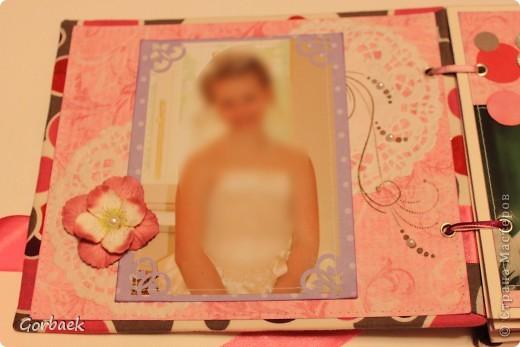Альбом для девочки на ДР. Размер 16на20. Мягкая обложка. И коробка к нему. Вот некоторые странички. фото 2