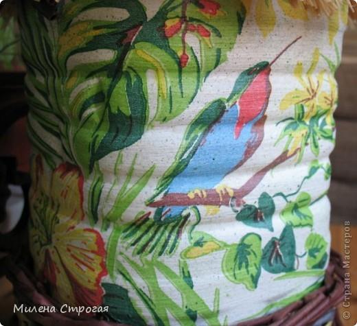 В это блоге представлен птичий дом, изготовленный для природного уголка детского сада. Не знаю как у вас, а в нашем городе запретили в природных уголках держать живых птиц, зверей и даже рыб. Хоть цветы не запретили))) Думаю такое дополнение внесет разнообразие в зеленый уголок... фото 12