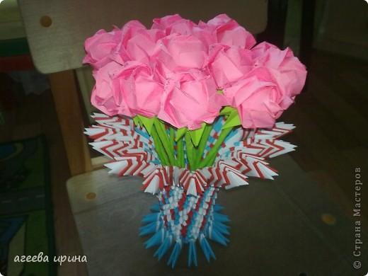 розы в вазе фото 1