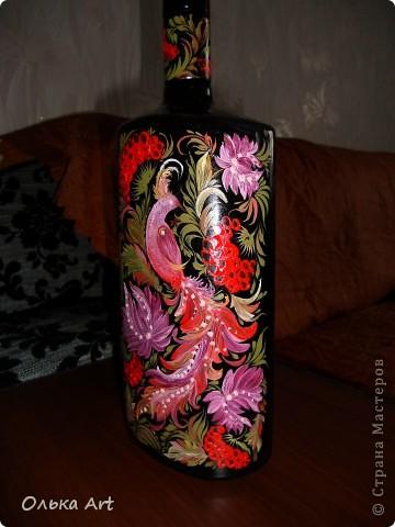 Хочу представить Вам мою бутылочку ,которую я расписала  петриковской росписью. Расписывала маслеными красками. фото 3