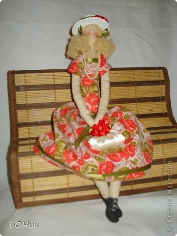 """Доброго времени суток!  Знакомтесь - это Адель. Сшита по выкройке """"деревенского ангела""""  http://kita.com.ua/blog/post/party/70972/show.html Рост у нее около 30 см фото 7"""