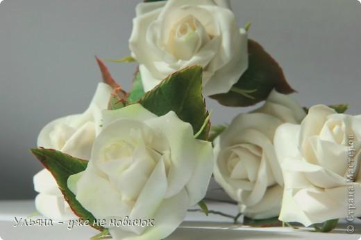 Светлый праздник для каждого он свой: день рождение. свадьба, крещение, венчание или просто хорошее настроение))) а эти розочки подойдут для любого праздника))) Шпилечки, диаметр цветов 4-4,5 см. фото 1