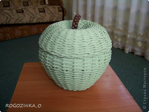 Здравствуйте, мастера и рукодельницы СМ. Скоро яблочный спас. Предлагаю вашему вниманию обещанный МК по плетению яблока. фото 21