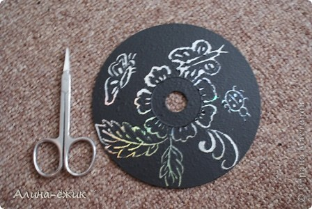 орнамент на CD диске фото 5