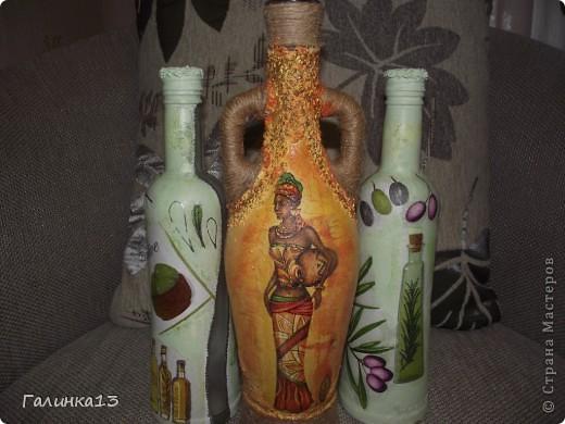 Вот наваяла бутылочек под винный напиток и под масло. давно хотела сделать африканскую и с оливками. УРА! я их сделала! фото 1