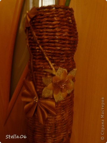 Выношу на ваш суд свою первую плетеную вазу.   Высота 57см.   фото 2