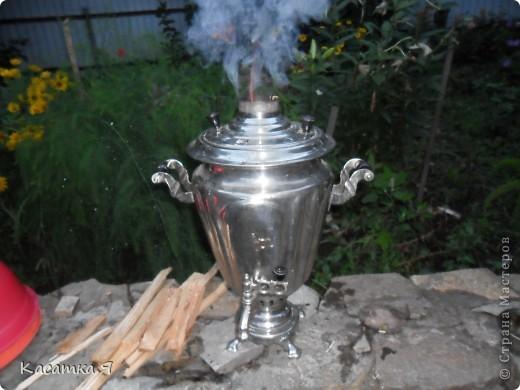 Набор к чаю - самовар , заварник и кружечки с тарелочкой. фото 6