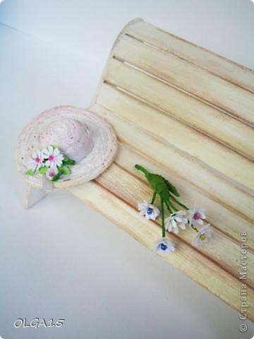 Миниатюрная скамеечка из пивного картона. Высота 8 см., длинна 12 см. фото 15