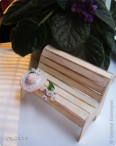 Миниатюрная скамеечка из пивного картона. Высота 8 см., длинна 12 см. фото 7