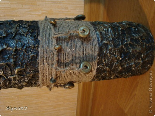 Ваза,навеянная чудными работами Тани Сорокиной. За основу взята труба из-под линолеума. фото 2