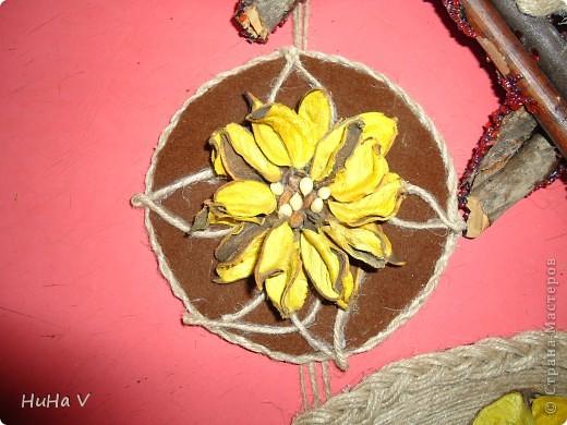 Из изготовленных раннее частей получилось у меня вот такое декоративное панно. фото 6