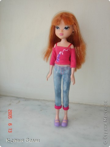 """13 августа появилась у нас новая кукла - Кристина. Она из Moxie Girls, и изначально ее звали Келлан, но Настенька ее переименовала. Показываю ее в """"родном"""" наряде: фото 1"""