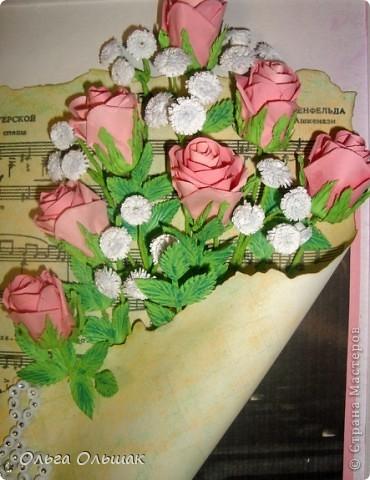 Выросли у меня теперь и розовые розы, конечно  по МК Астории http://asti-n.ya.ru/posts.xml?tag=2023576 Сделала на этот раз из 3 заготовок,получились бутончики,не сильно распустившиеся. фото 3