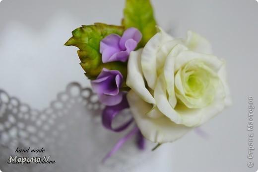 Букет с розами и гортензией для невесты, которая очень любит сиреневый цвет фото 4
