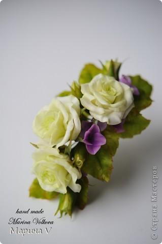 Букет с розами и гортензией для невесты, которая очень любит сиреневый цвет фото 6