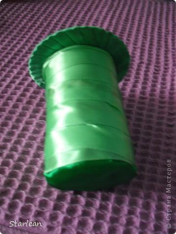 вот такой букетик -дублер я делала для сестры на свадьбу.хочу показать как я делала основу под букетик, на примере другого букета фото 10