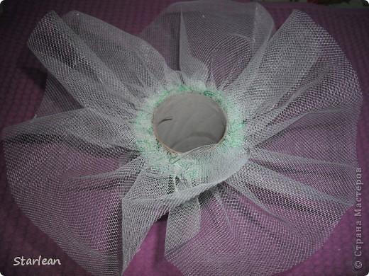 вот такой букетик -дублер я делала для сестры на свадьбу.хочу показать как я делала основу под букетик, на примере другого букета фото 13