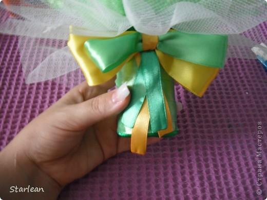 вот такой букетик -дублер я делала для сестры на свадьбу.хочу показать как я делала основу под букетик, на примере другого букета фото 18