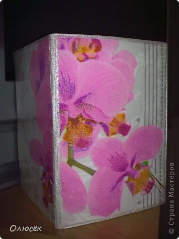 Подарки от всего сердца для родных и близких :) Сделано с любовью...  Комплектик: баночка с жидким мылом и картинка-панношка на CD. У баночки по бокам оставлены незакрашенные полосы, чтобы знать уровень мыла. фото 16