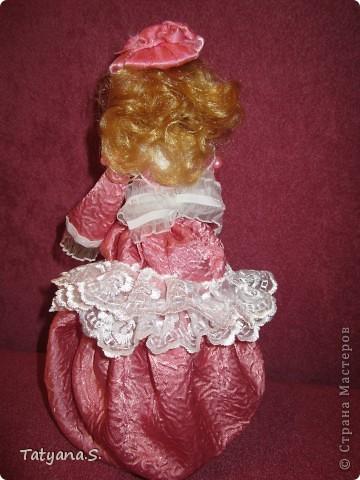Насмотревшись на работы многих мастеров, решила попробовать сделать куклу-шкатулку. Вот такая получилась шкатулочка! фото 3