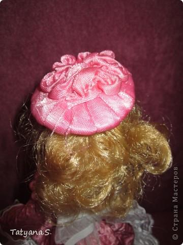 Насмотревшись на работы многих мастеров, решила попробовать сделать куклу-шкатулку. Вот такая получилась шкатулочка! фото 4