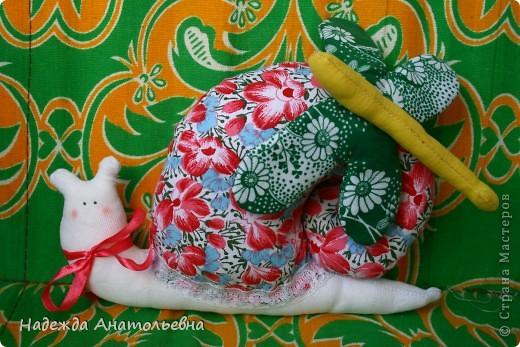 Подушка) первый опыт шитья на машинке)) фото 2