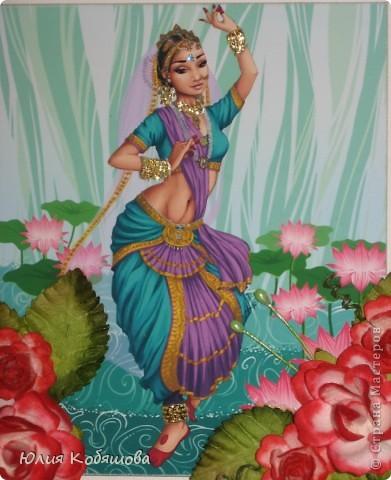 Здравствуйте! Я уже показывала вам свою открыточку с японкой http://stranamasterov.ru/node/394734, а на днях у меня родилась еще открытка с индианкой. Надеюсь она вам понравится не меньше. Украсила ее покупными цветочками и листочками, полубусинами, штампиком. фото 2