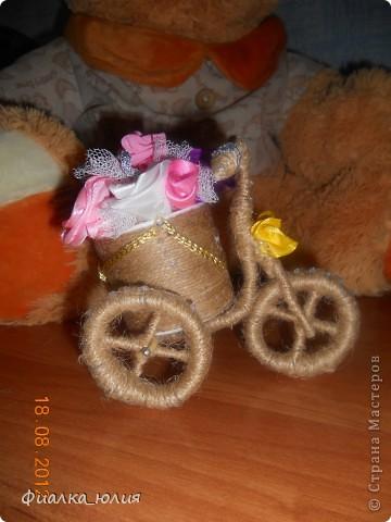Вот он!! Мой первый кривоватенький велосипедик. Но он так прикольно смотрится!!! фото 1