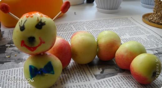 в садике попросили поделки на конкурс (яблочный спас) так как времени было очень мало, творили с сынишкой на скору руку....ну что ж уж получилось))))) фото 5