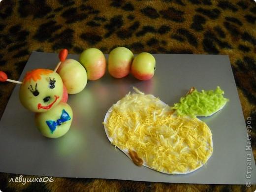 в садике попросили поделки на конкурс (яблочный спас) так как времени было очень мало, творили с сынишкой на скору руку....ну что ж уж получилось))))) фото 6