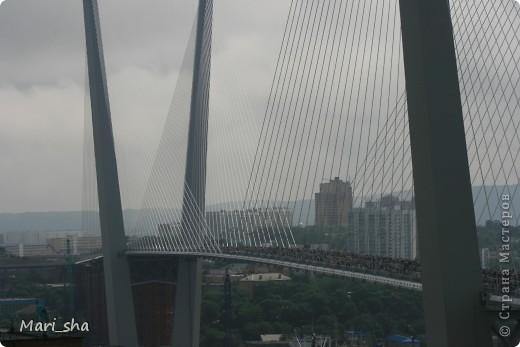УРА! Во Владивостоке открыли мост через Золотой Рог. На выходные (11 и 12 августа) его открыли только для пешеходов, а с понедельника по нему уже пустили автомобили. фото 2