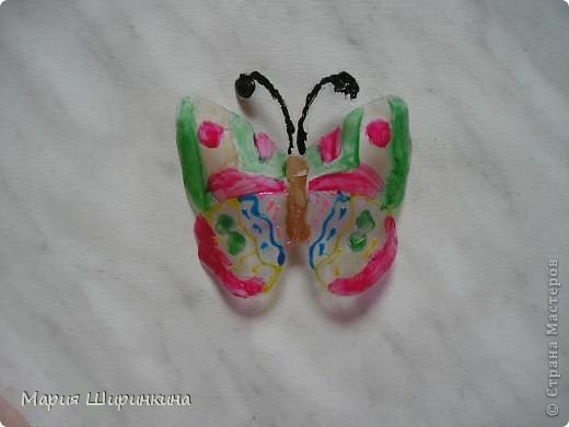 На досуге решили с детьми сделать бабочек. Их здесь в СМ много, покажем и мы своих. фото 6