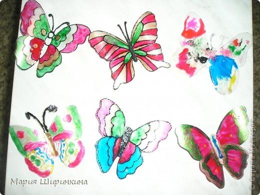 На досуге решили с детьми сделать бабочек. Их здесь в СМ много, покажем и мы своих. фото 1
