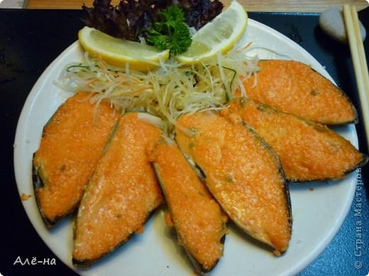 Запеченные мидии я попробовала в японском ресторане. Очень мне понравилось и я решила приготовить нечто подобное дома. Как оказалось ничего сложного нет. Все очень легко и быстро. Да , забыла совсем .....и очень вкусно))) фото 3