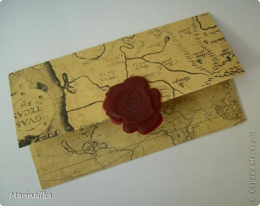 Решила вместо открытки сделать поздравление на старинной бумаге. Состарила альбомный лист с помощью заварки из чая. А после высыхания распечатала поздравление на принтере. фото 2