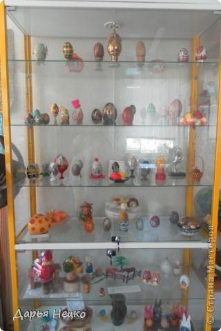 Возможно никто и никогда бы не узнал о маленьком поселке, что под Рыбинском, если бы однажды не открылся там Музей чудный, сказочный, и посвящен этот музей всем знакомой и известной с детства Курочке Рябе. фото 4