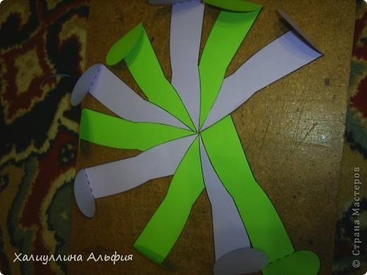 """Данная модель называется """"Ten-Sided Yin-Yang Globe"""" Автором ее является американец Chapman-Bell Philip (Филип Чапман-Бэлл) Она выглядит очень необыкновенно. Мастер класс к ней в СМ я не нашла, поэтому и решила сделать его сама. фото 11"""