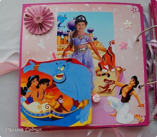 Девочка, героиня этого альбома, ОЧень любит мультики(с принцессами особено). Это и породило идею альбома.  Желаю приятного просмотра!!=)) фото 15