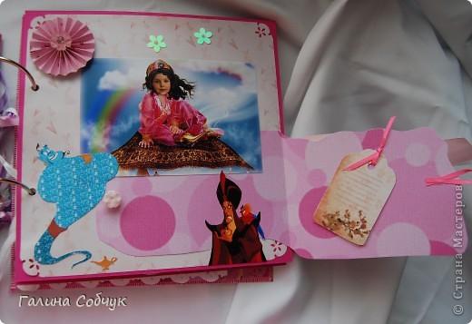 Девочка, героиня этого альбома, ОЧень любит мультики(с принцессами особено). Это и породило идею альбома.  Желаю приятного просмотра!!=)) фото 18