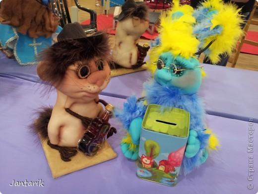 В Хайфе в эти дни проходит выставка кукол,в которой и я принимаю участие. Это мой скромный уголок. На выставке много посетителей и особенно много детей.Приезжают со всей страны.Тема выставки в этом году связана с виноградными изделиями))) и украшениями. фото 8