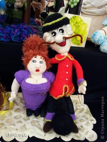 В Хайфе в эти дни проходит выставка кукол,в которой и я принимаю участие. Это мой скромный уголок. На выставке много посетителей и особенно много детей.Приезжают со всей страны.Тема выставки в этом году связана с виноградными изделиями))) и украшениями. фото 3