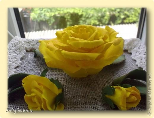 Панно, роза из самоотвердевающей глины фото 2